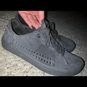 Grey toms sneakers